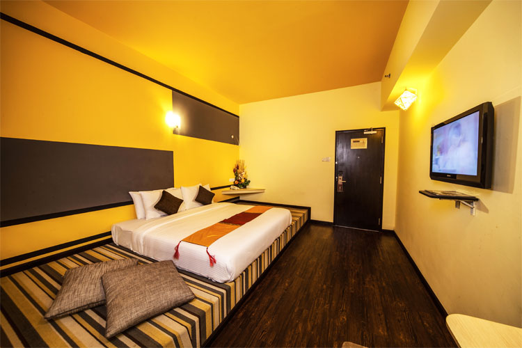 Hotel rooms thy executive hotel plentong johor bahru for Boutique rooms